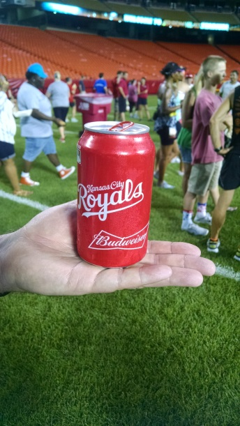 Interesting Budweiser can with the Royals on it.